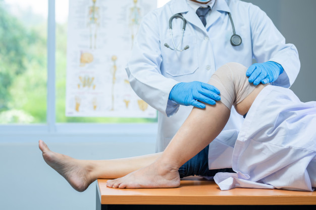 Knee Pain Clinic Singapore